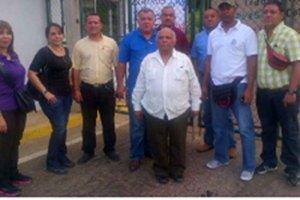 Trabajadores de LUZ tomaron rectorado para exigir mejores condiciones laborales