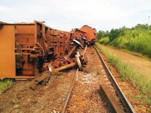 Se descarrilaron 16 vagones de Ferrominera
