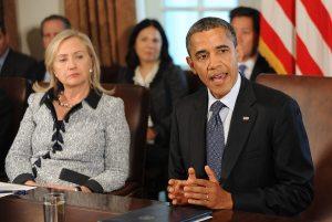 Un libro revela tensiones entre Hillary Clinton y Obama en torno a Afganistán