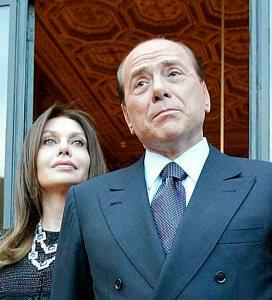 Berlusconi recurre los 100.000 euros diarios que debía pagar a su exmujer