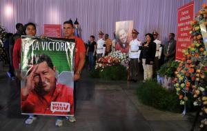 Muerte de Chávez puede impulsar apertura en Cuba, dice bloguera Yoani Sánchez