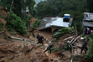 Torrenciales lluvias en Brasil siguen aumentando número de fallecidos