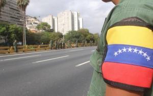 Restituyen tránsito por autopistas de Caracas