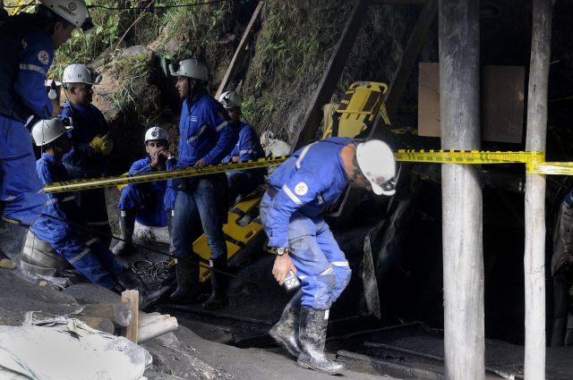 LOCALIZAN CADÁVERES DE CUATRO DE LOS NUEVE MINEROS DESAPARECIDOS EN COLOMBIA