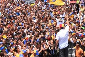 Capriles: Lo que el Gobierno hizo ayer fue otra devaluación
