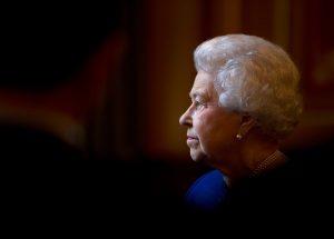 De gastroenteritis se enfermó la reina Isabel II
