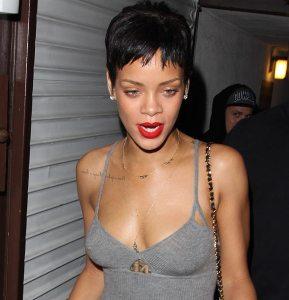 Rihanna presenta en Londres su nueva colección de ropa