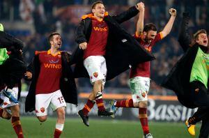 Totti se convirtió en el segundo máximo goleador del Calcio en la historia