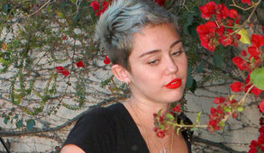 Nuevo look de Miley Cyrus decepciona a sus fans (FOTO)