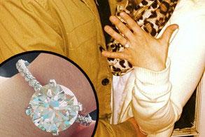 Spears mostró su anillo de compromiso