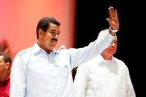 """Maduro llegó a Cuba para fortalecer """"alianza estratégica"""" (Portada)"""