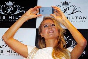 A Paris Hilton le sorprende que la gente la considere tonta
