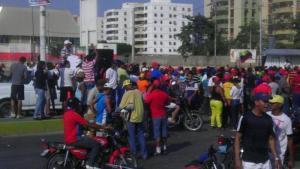 El caos es protagonista en la sede del CNE en Sucre (Fotos)