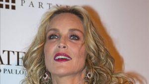 Sharon Stone, Moss, Fergie y Pelé engalanan velada brasileña contra el sida