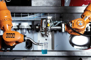 El primer bar atendido por robots ¡ya es una realidad! (Video)