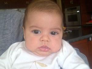 Shakira no para de tomarle fotos a bebé Milan