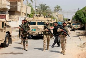 Ataque suicida deja 32 muertos en Irak