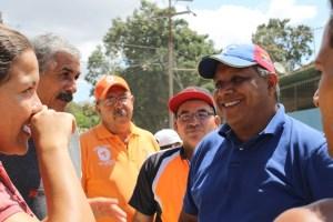 Pedro Pablo Vegas denunció que el alcalde de Cristóbal Rojas se niega a aprobar la convención colectiva