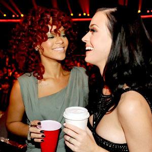 Rihanna a Katy Perry: Dejaré que me azotes
