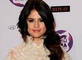 Así se ve Selena Gómez en los premios MTV (Foto+Uff)