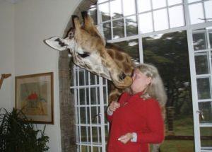 Estas son las WTF fotos del día: De animales atacando mujeres (OMG)