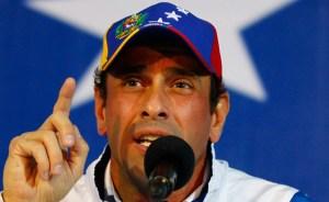 Capriles a Maduro: Dejen de regalar y paguen aumento a las Universidades