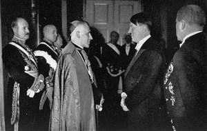 El Vaticano abrió los archivos secretos del papa Pío XII, acusado de no luchar contra los nazis (fotos)