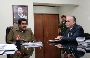 """Maduro se reunió con Venevisión, televisora que acatará plan """"cero violencia"""" (Fotos y Video)"""