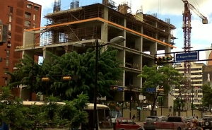 Sector construcción no recibe divisas desde último trimestre de 2012