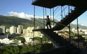 Siguen paralizadas la construcciones de viviendas por falta de materia prima