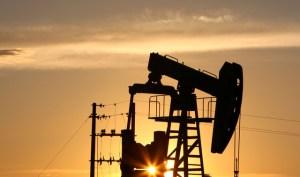 Presidente de Pdvsa firmará en Pekín crédito con petrolera china