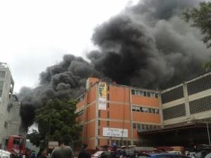 Incendio en las Minas de Baruta ya fue controlado (Fotos + Video)