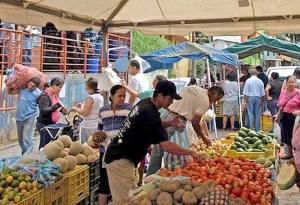Política económica del Gobierno central golpea abastecimiento de productos