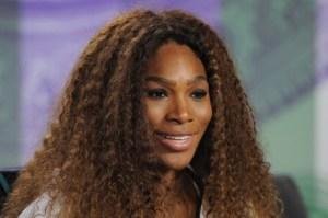 Serena Williams pide disculpas a Sharapova