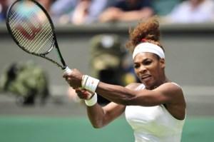 Serena Williams avanza hacia segunda ronda de Wimbledon
