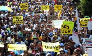 Fueron registradas 1.687 protestas durante el primer semestre de 2013