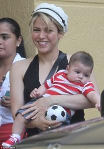 Shakira y Milan sorprendieron a Gerad Piqué (Fotos)