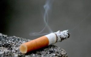 Atención hombres: El cigarro podría reducir el tamaño del pene