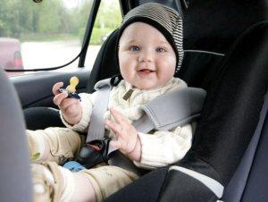 Tu hijo se marea en el carro, te damos la solución siguiendo estos tips