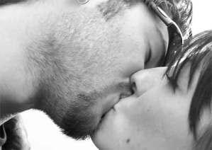 ¡Aprende a dar un beso francés!