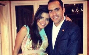 A Pastor Maldonado y a Gabriela Tarkany le llegó la cigüeña (Foto)