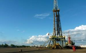 Producción petrolera venezolana lleva cinco meses estancada
