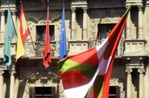 Pamplona celebra los sanfermines, nueve días de fiesta y toros (Fotos)