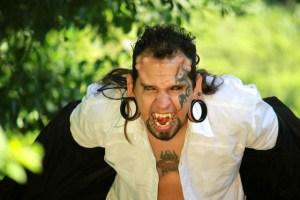El hombre lobo es venezolano (Fotos)