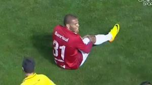 Festejó un gol acrobáticamente y se lesionó (Video + por payaso)