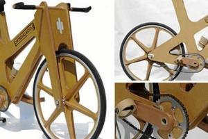 Inventó bicicletas de cartón y busca dos millones de dólares para patentarlas (Fotos + Video)