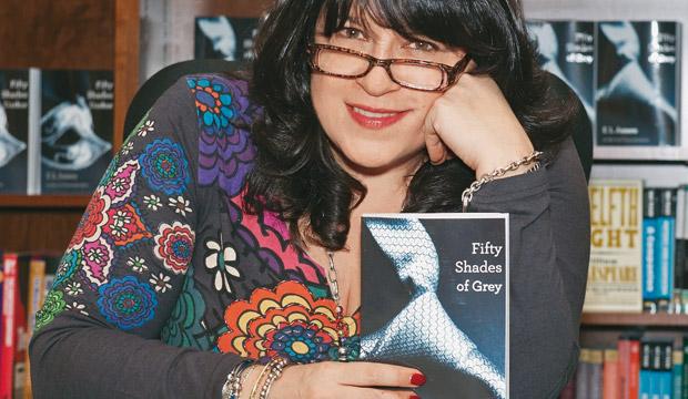 """Autora de """"50 sombras de Grey"""" es la escritora mejor pagada del mundo"""