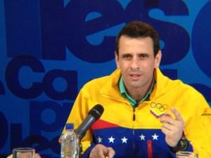 Capriles: Aquí no caen los peces gordos porque el Gobierno se volvería polvo