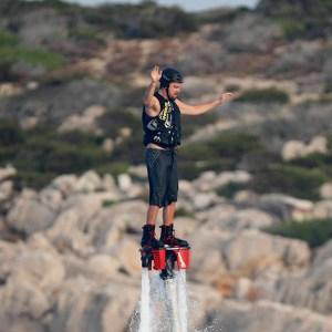 Leonardo Di Caprio se animó a desafiar a la gravedad (Foto)