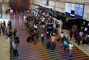 El costo del dólar para viajeros variará en cada subasta del Sicad